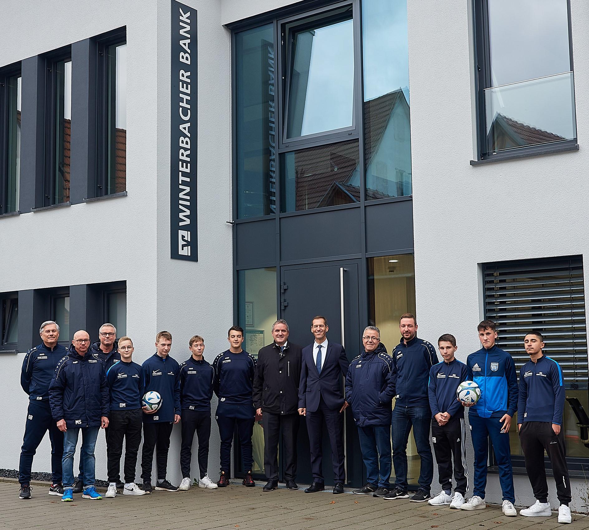 Winterbacher Bank fördert den Jugendfußball